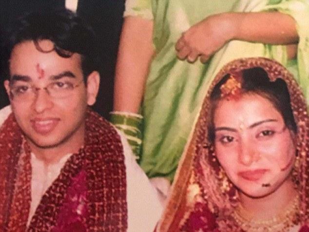 Amit and Ankita Goyal wedding picture