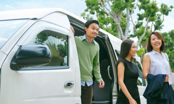 grabshuttle,connectedtoindia