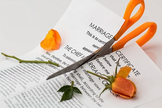 Hyderabad court restrains NRI husband from pursuing divorce in US