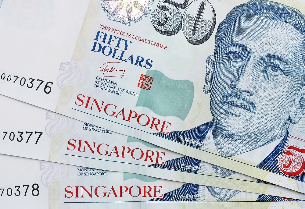 Low-wage workers facing salary problems in Singapore would receive SGD1000.