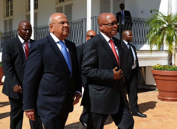 South Africa President Jacob Zuma (L) with former Finance Minister Pravin Gordhan.