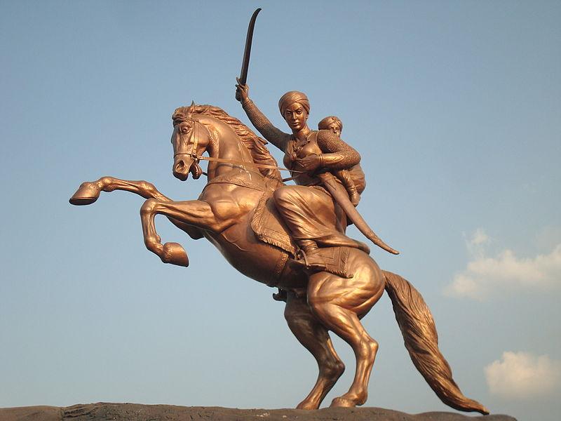 Rani Laxmi Bai statue in Solapur.