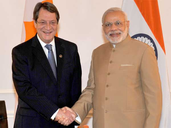 Cyprus President nicos Anastasiades (left) with indian Prime Minister Narendra Modi.