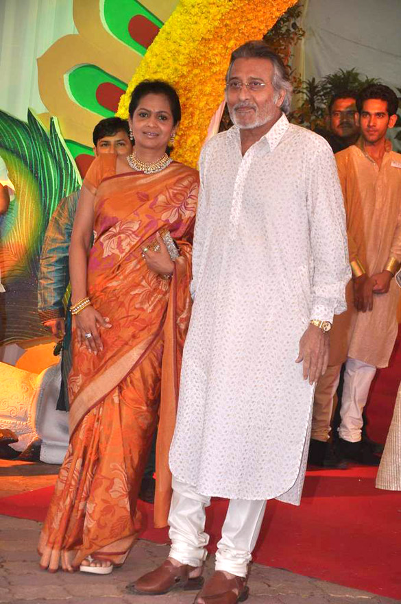 Vinod and Kavita Khanna.