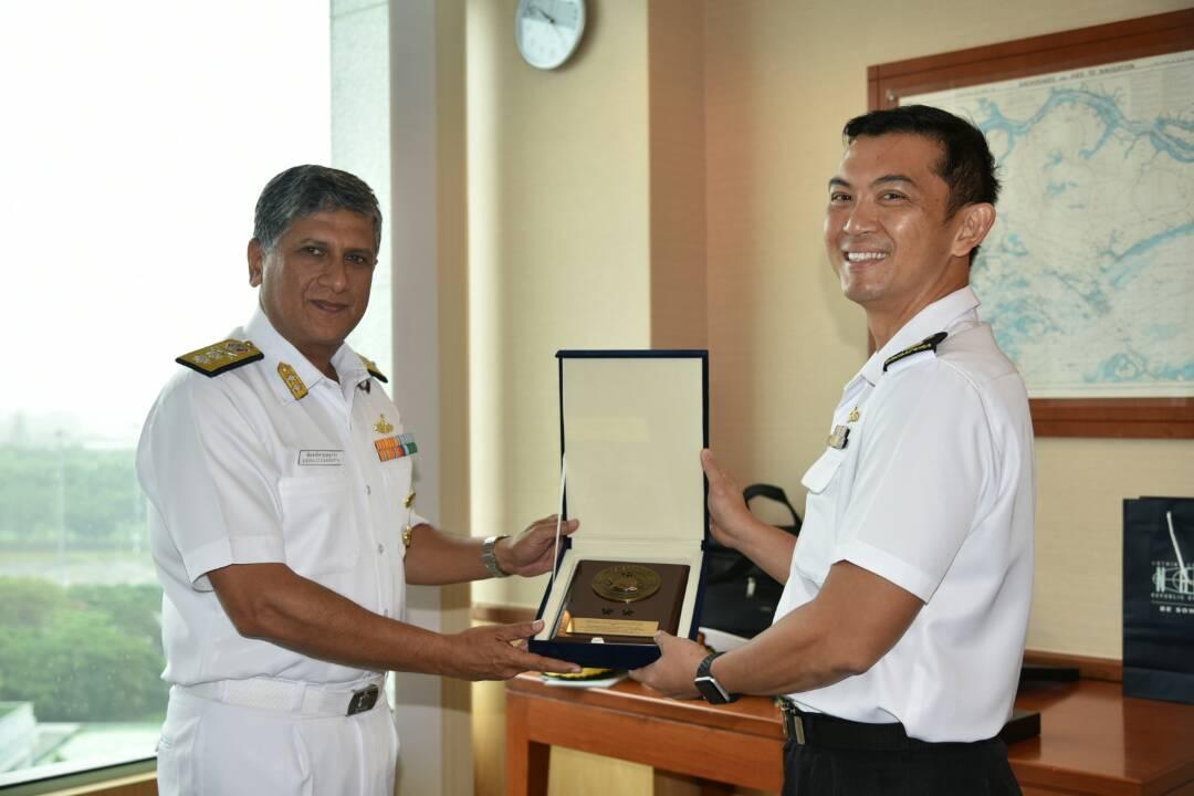 Flag Officer Commanding Eastern Fleet Rear Admiral B Dasgupta (left) calls on Col Ken Cheong Kwok Chien Fleet Commander RSN ahead of SIMBEX.