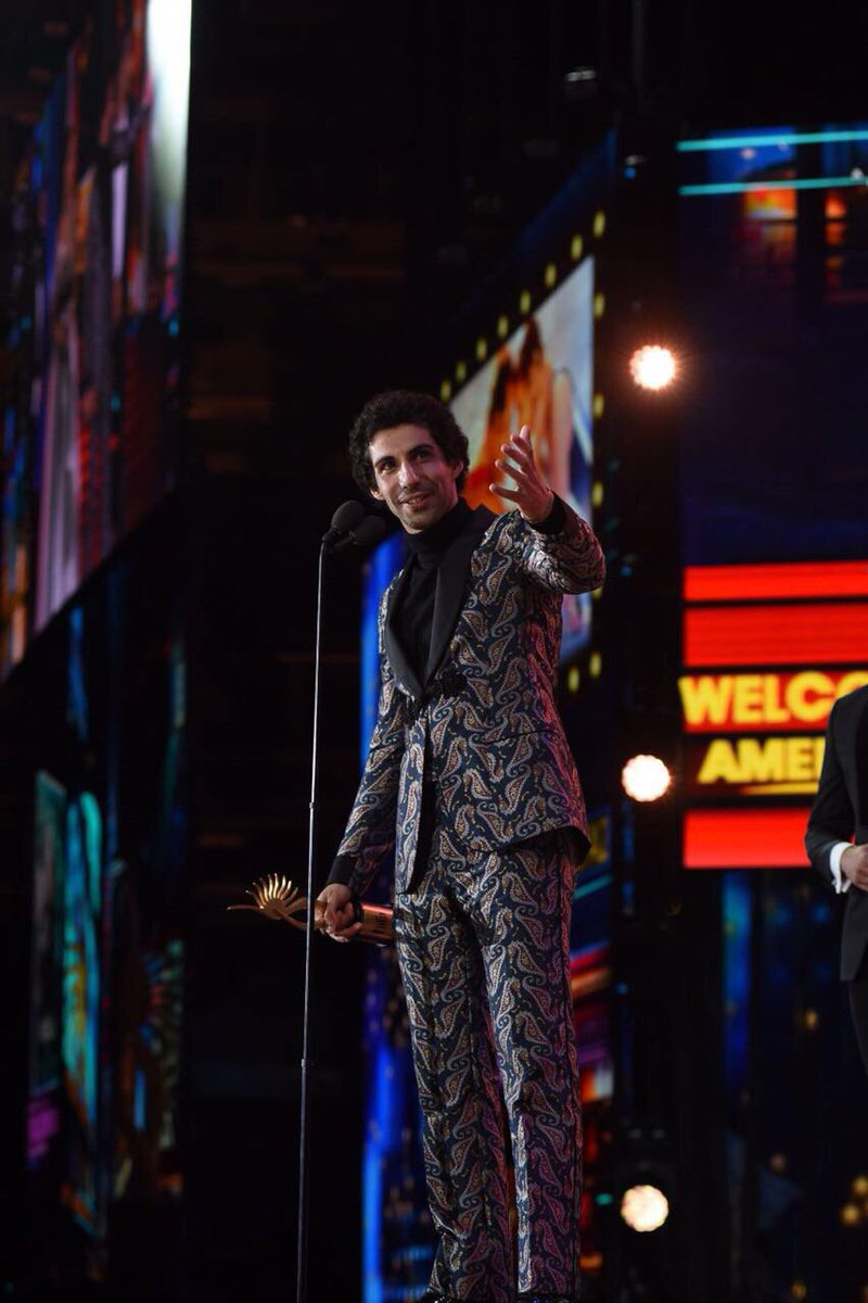 Jim Sarbh with his award.