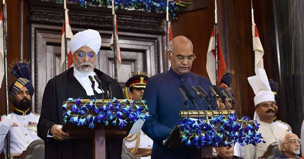 Ram Nath Kovind (right) with Chief Justice of India JS Khehar.