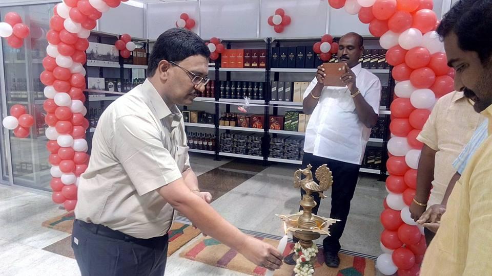 Duty Free Shop inaugurated by Madurai International Airport (IXM) Director Mr. V. V. Rao