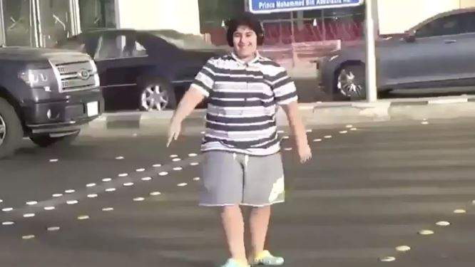 The boy dancing on a street crossing in the city of Jeddah in Saudi Arabia. Photo courtesy: Twitter