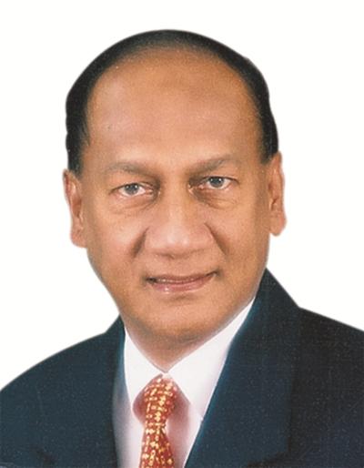 SICCI Chairman Dr R Theyvendran.