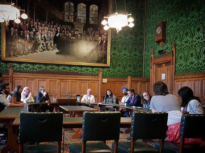 UK Labour MP Tan Dhesi (centre, blue turban) in Parliament.