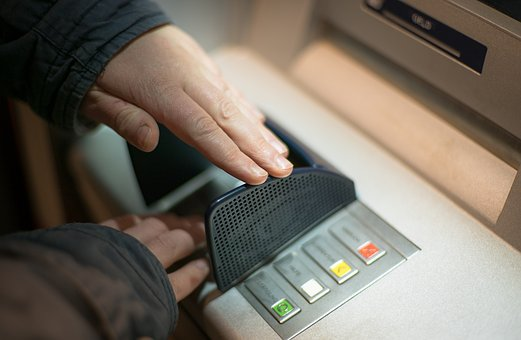 NRI's driver victim of snatching in NCR after ATM visit