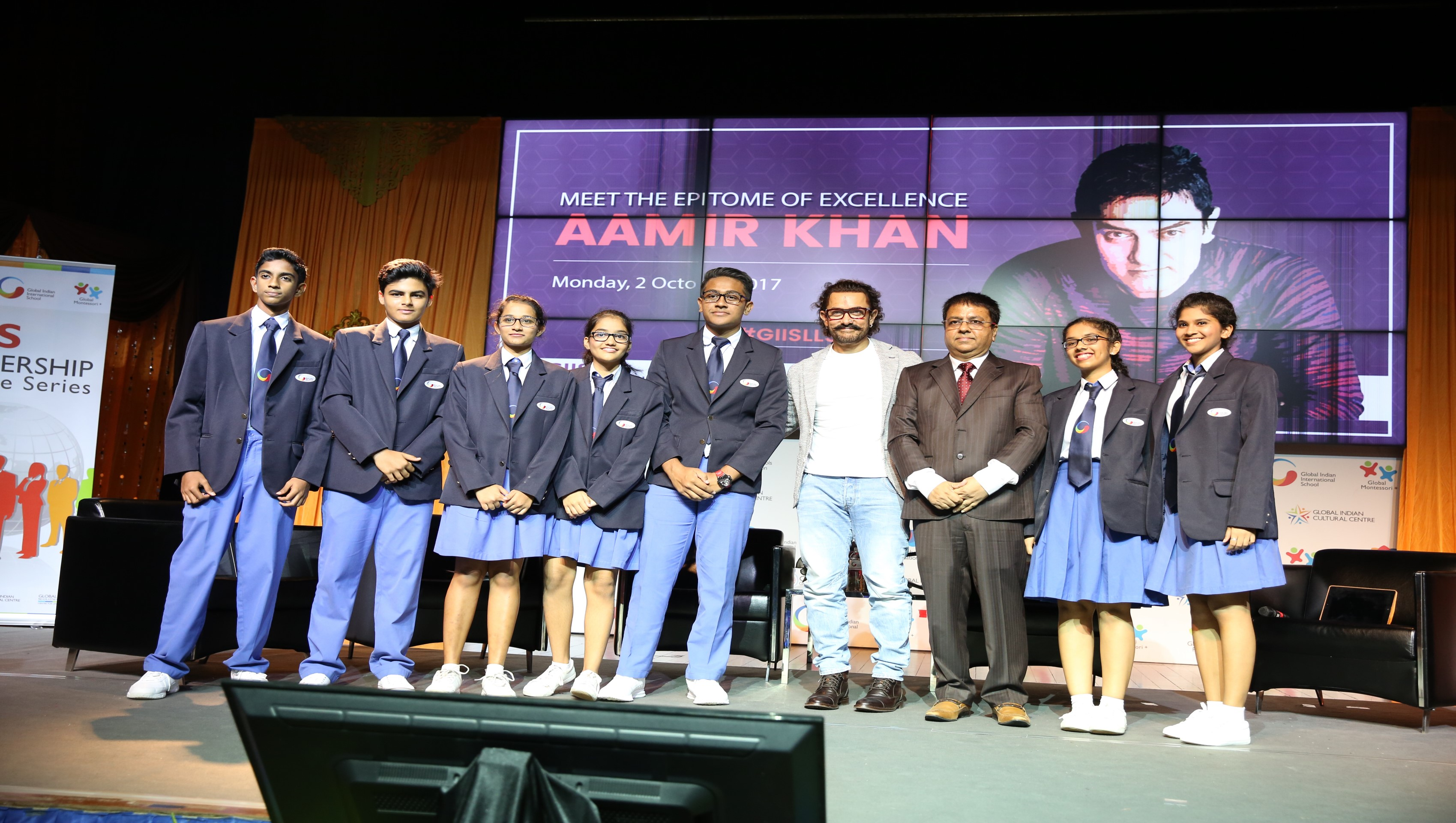 Aamir Khan with GIIS students and Atul Temurnikar - Chairman and Co-Founder of Global Indian International School.