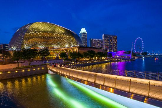A nightview of the Esplanade - Theatres on the Bay.