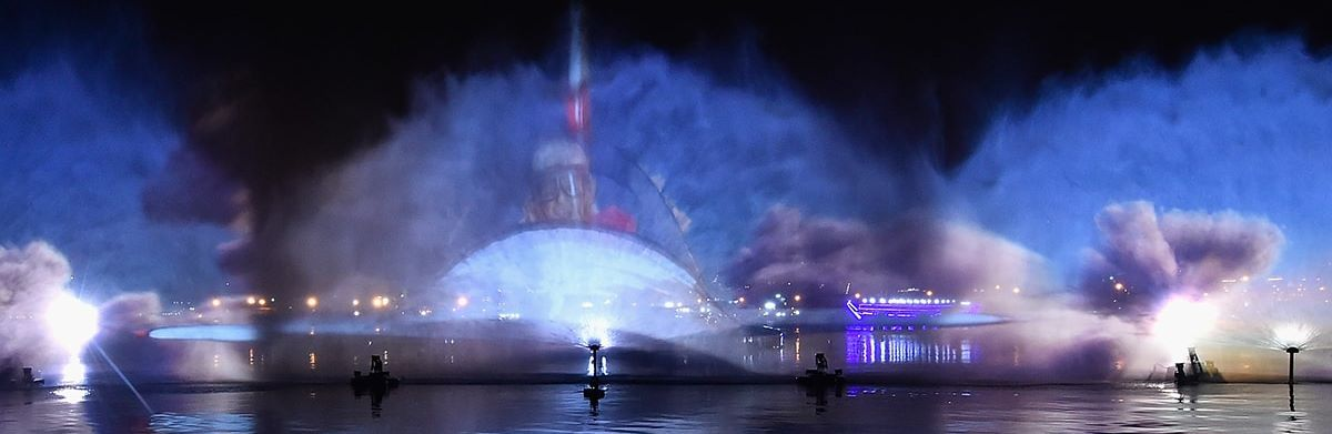 There will be a special light and water show at Dubai Festival City on the occasion of Deepavali.