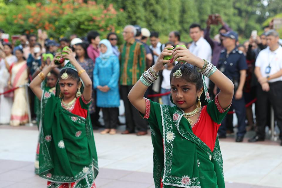 Little girls of Kampong Chai Chee Bharathanatyam Dance Group giving their unique performance at Istana.