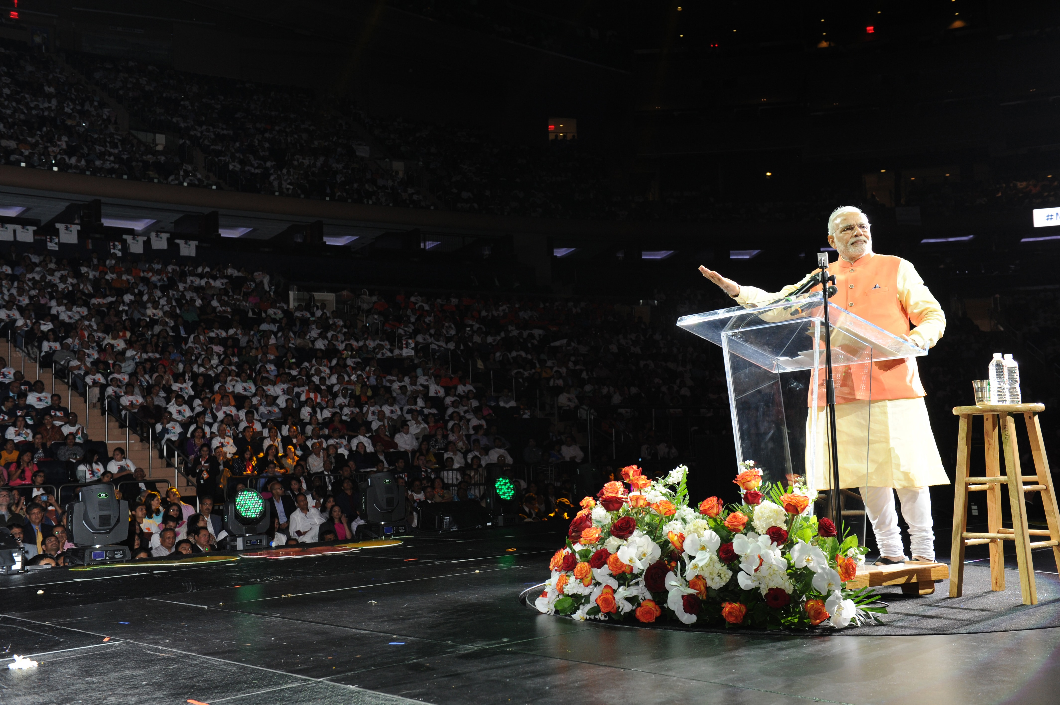 Modi addressing the Indian Community, at Madison Square Garden, in New York on September 28, 2014 (source PIB)