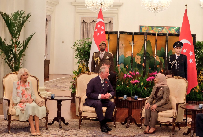 President of Singapore Halimah Yacob welcoming Prince Charles and his wife at Istana. Photo courtesy: Twitter