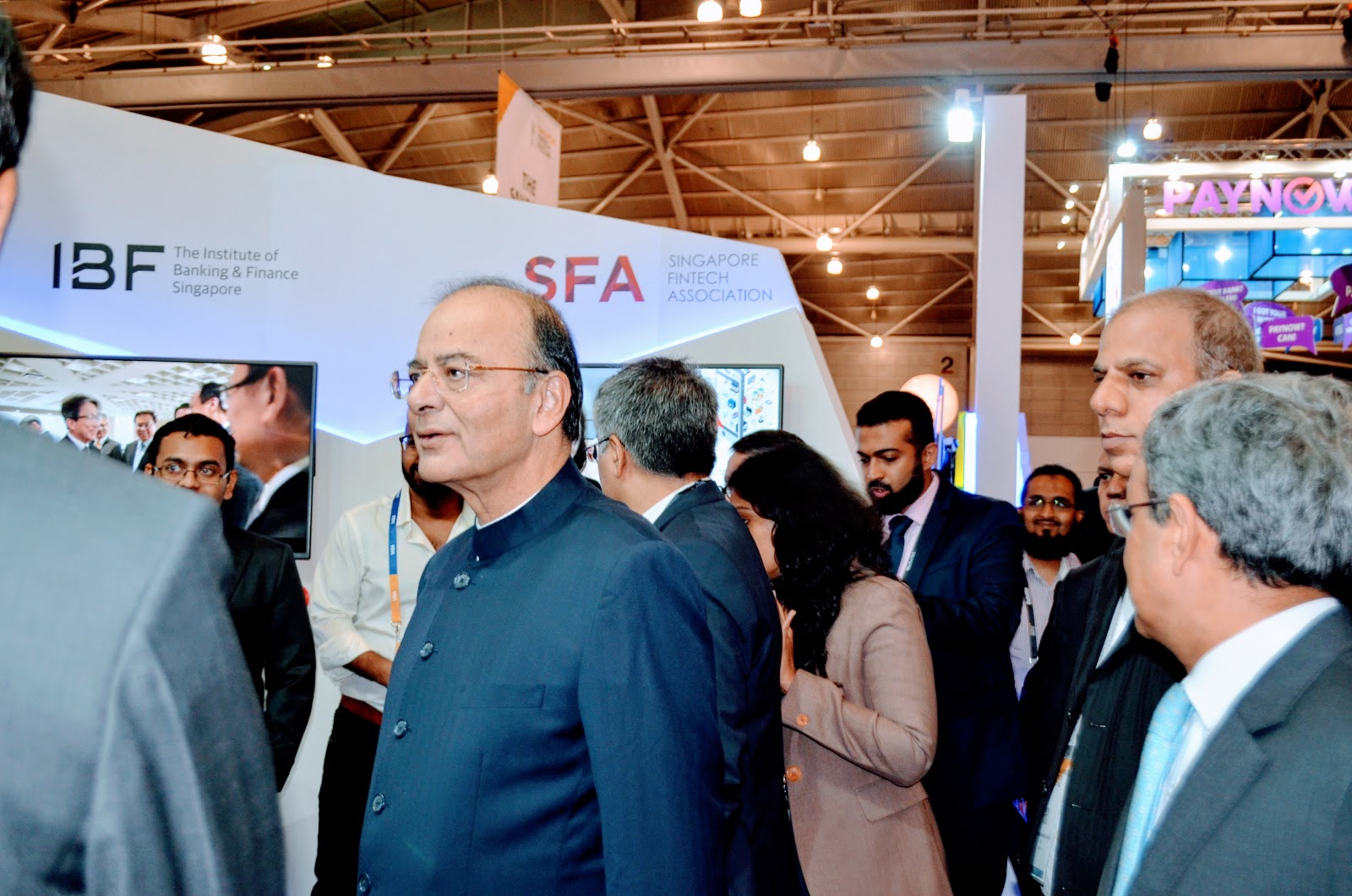Indian Finance Minister Arun Jaitley takes a round of the Singapore FinTech Festival. Photo: Connected to India