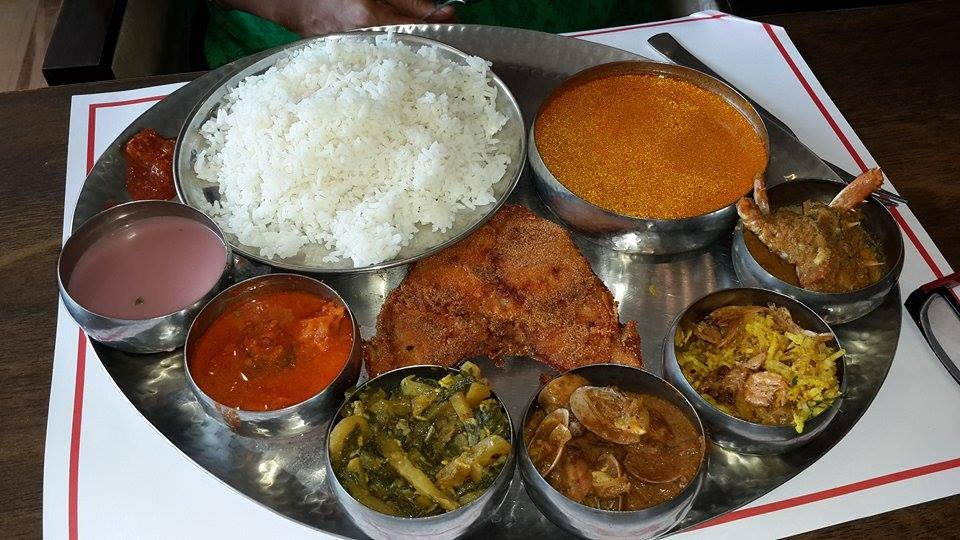 Comprising of seafood, rice, meat preparations, the spicy Goan cuisine also has vindaloo, coconut milk, rice, banana Halwa & fried kormolas, among other food items