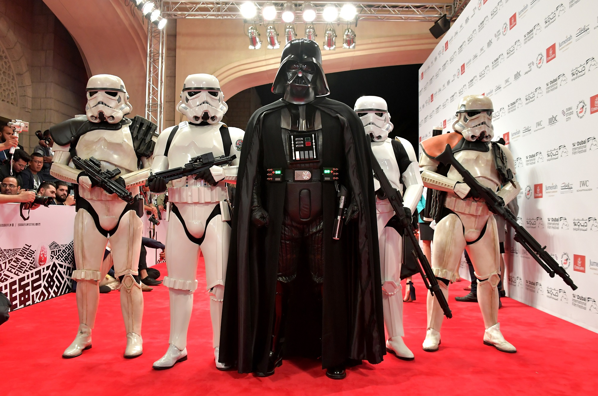 The closing ceremony of DIFF was marked with the premier of 'The Last Jedi' in which the cast made entry on the red carpet dressed in their best Star Wars costume.
