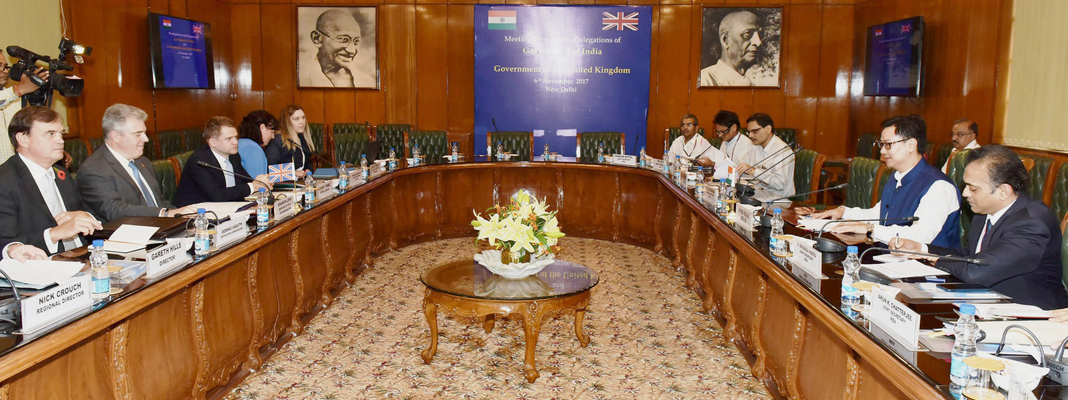 A delegation from the United Kingdom led by the Minister of State for Immigration Brandon Lewis holding talks with the Indian delegation led by the Minister of State for Home Affairs, Kiren Rijiju, in New Delhi on November 06, 2017. (Photo: Press Information Bureau)