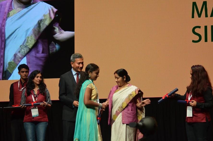 Dr Vivian Balakrishnan with Minister of External Affairs of India Sushma Swaraj.