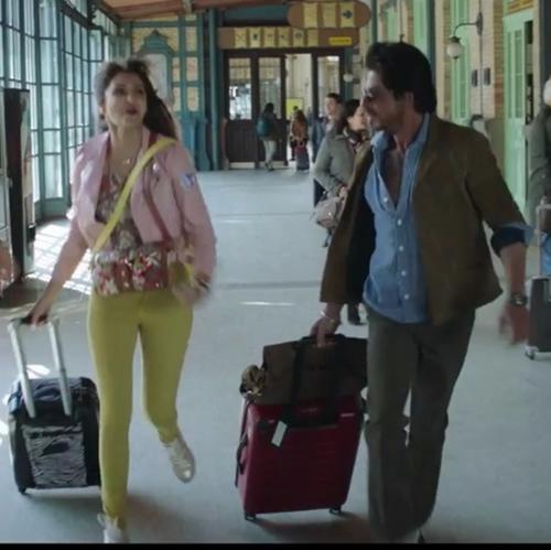SRK, Anushka party across Europe in main trailer of 'Jab Harry met Sejal'