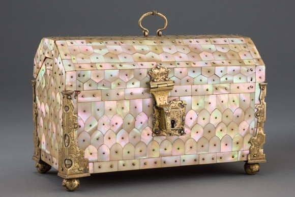 16th century Mother-of-pearl casket, Gujarat, India