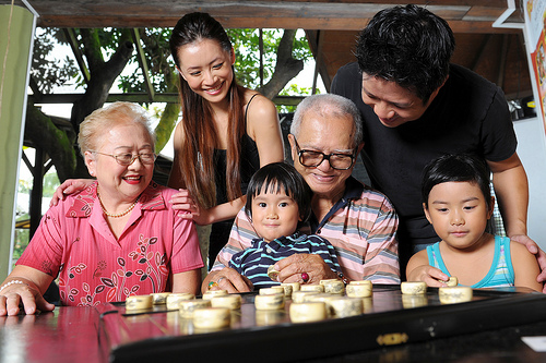 Voulnteers helping senior residents