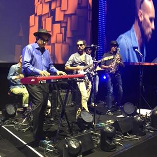 (Left) Sanjay Poonen on the keyboards Photo courtesy: VMware