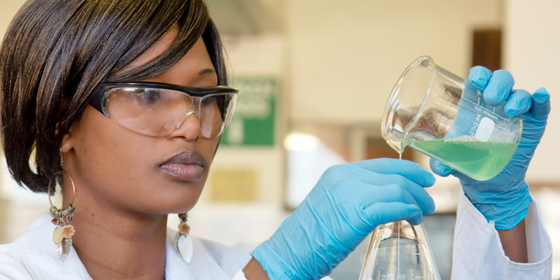 woman,female scientist