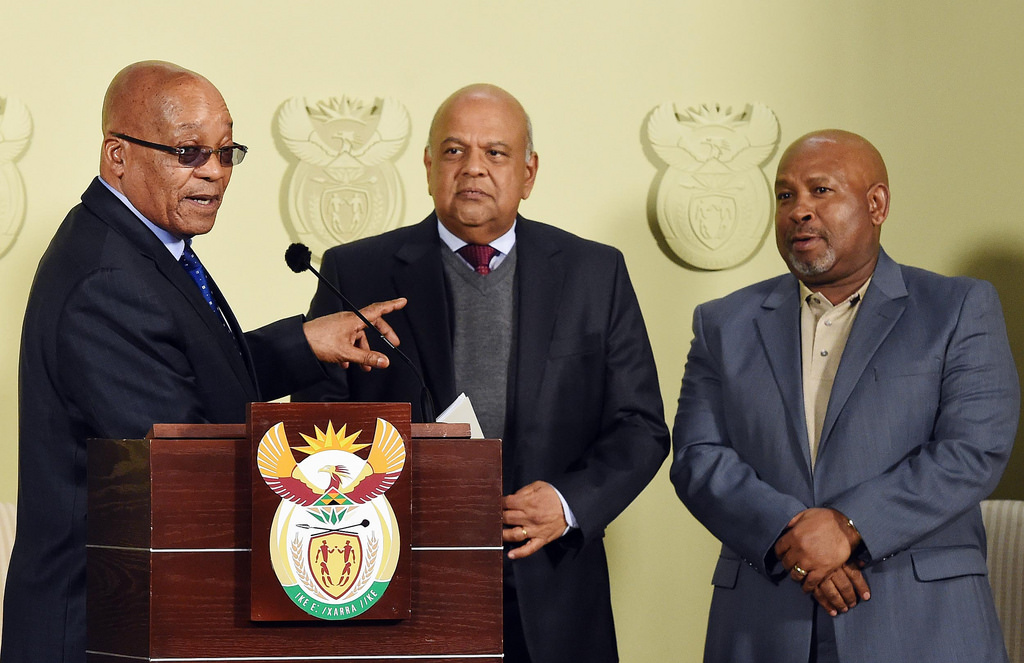 South African President Jacob Zuma (l) with Pravin Gordhan (c).
