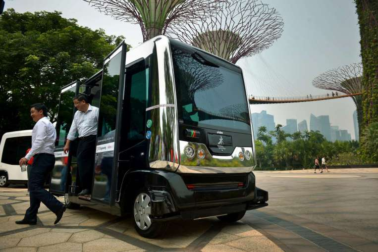 Driverless buses will be equipped with  satellite-based Global Positioning (GPS) System and a suite of sensors to scan and determine their location and immediate surroundings.