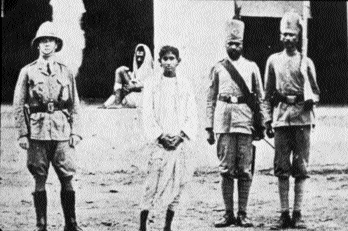 Khudiram Bose in Muzaffarpur after his capture.