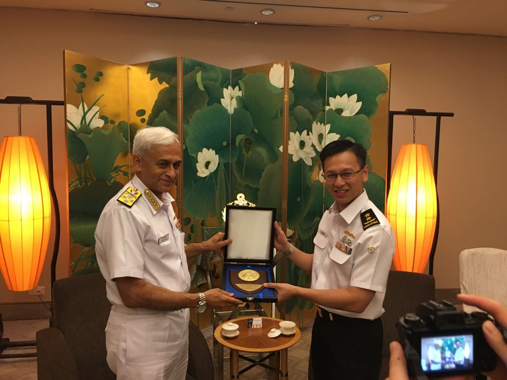 Indian navy chief Admiral Sunil Lanba (left) calls on Rear Admiral Lai Chung Han, Chief of Navy, Republic of Singapore Navy, on his visit.
