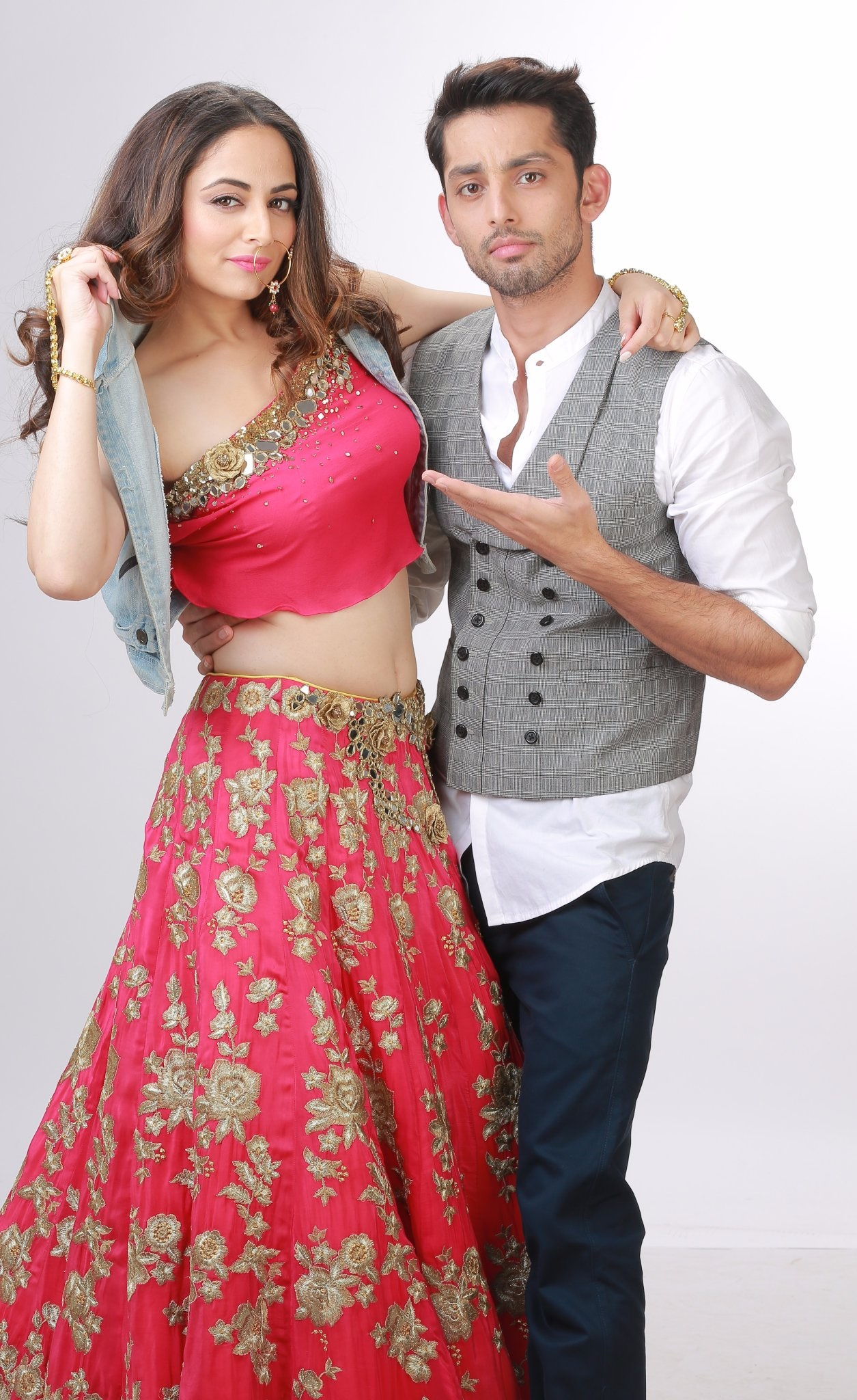 Zoya Afroz and Himansh Kohli.