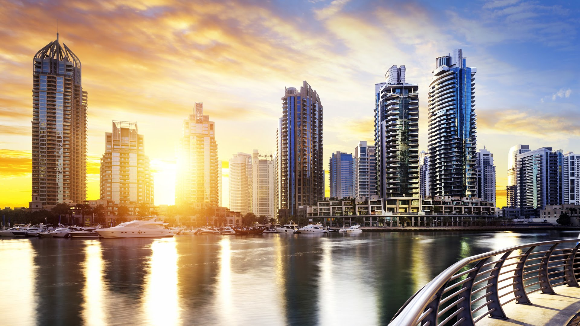 Qatari citizens are rushing to sell their properties in Dubai amidst ongoing Gulf crisis.