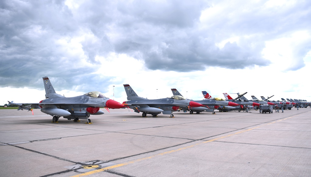 Singapore participates in multilateral air combat exercise in Canada