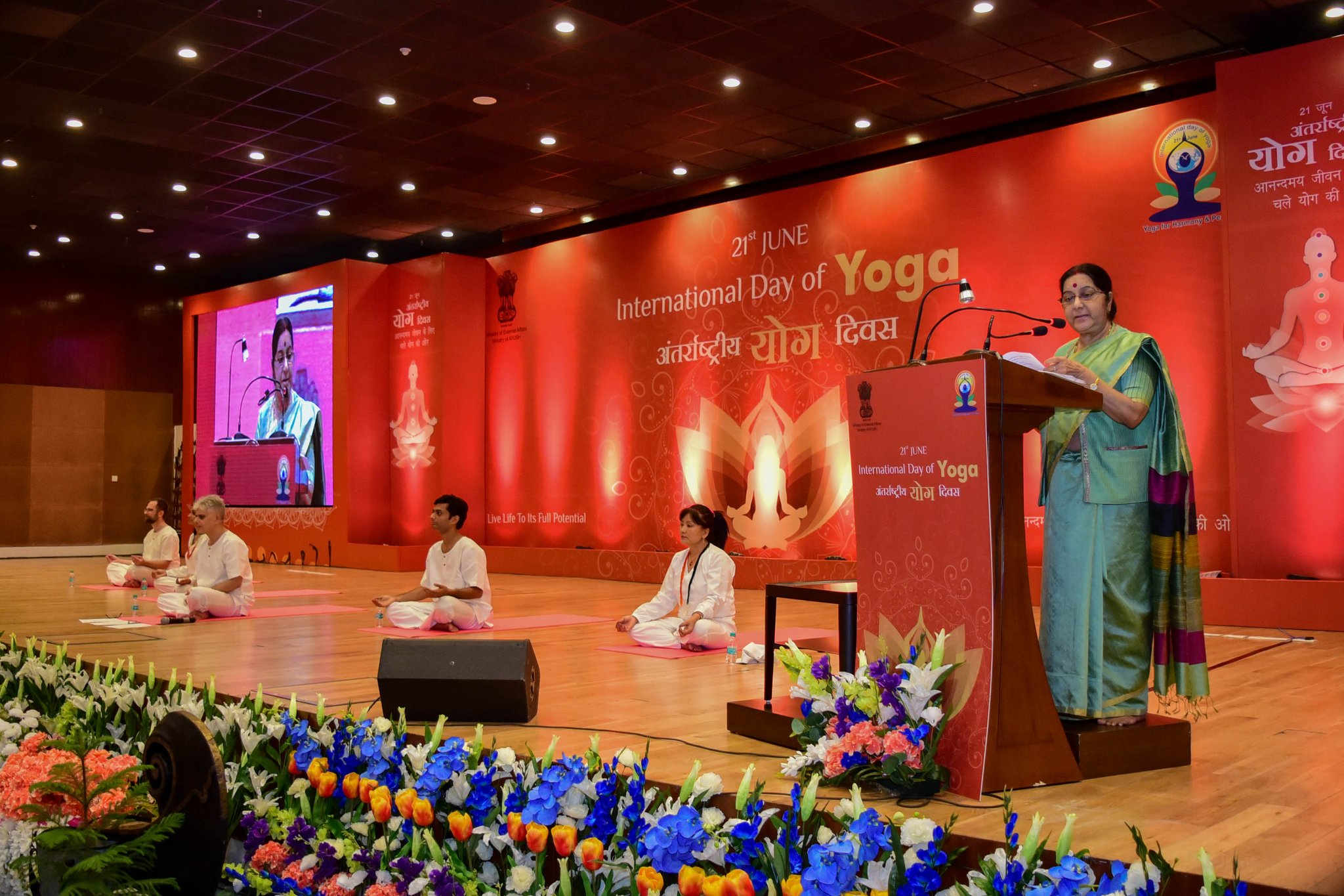 The Minister of External Affairs Sushma Swaraj addressing diplomats at Pravasi Bharatiya Kendra on 3rd International Day of Yoga.
