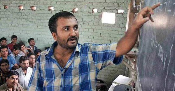Anand Kumar helps under privileged children in clearing the IIT-JEE examination through his Super 30 coaching centre.
