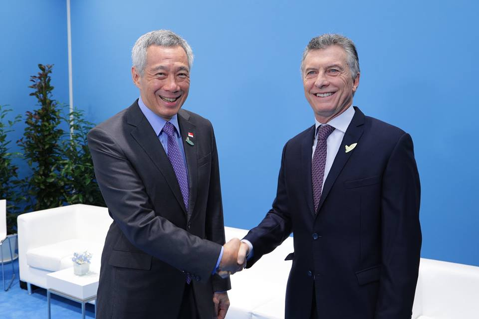 PM Lee with Argentinian President Maurico Macri. Photo courtesy: MCI Kenji Soon