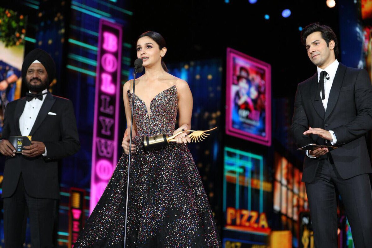 Best Actress - Alia Bhatt