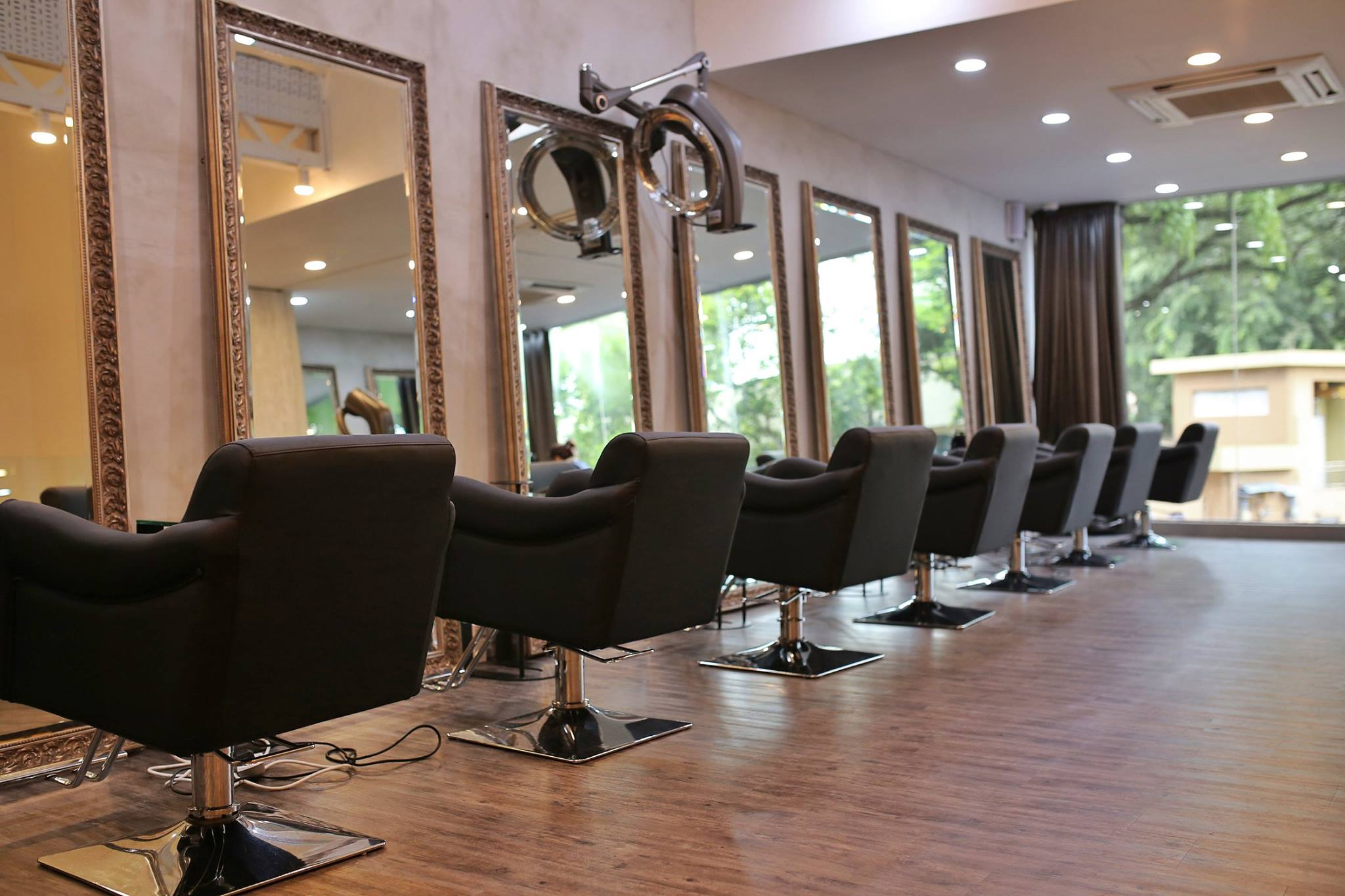 An ultimate guide to hair salons in Singapore
