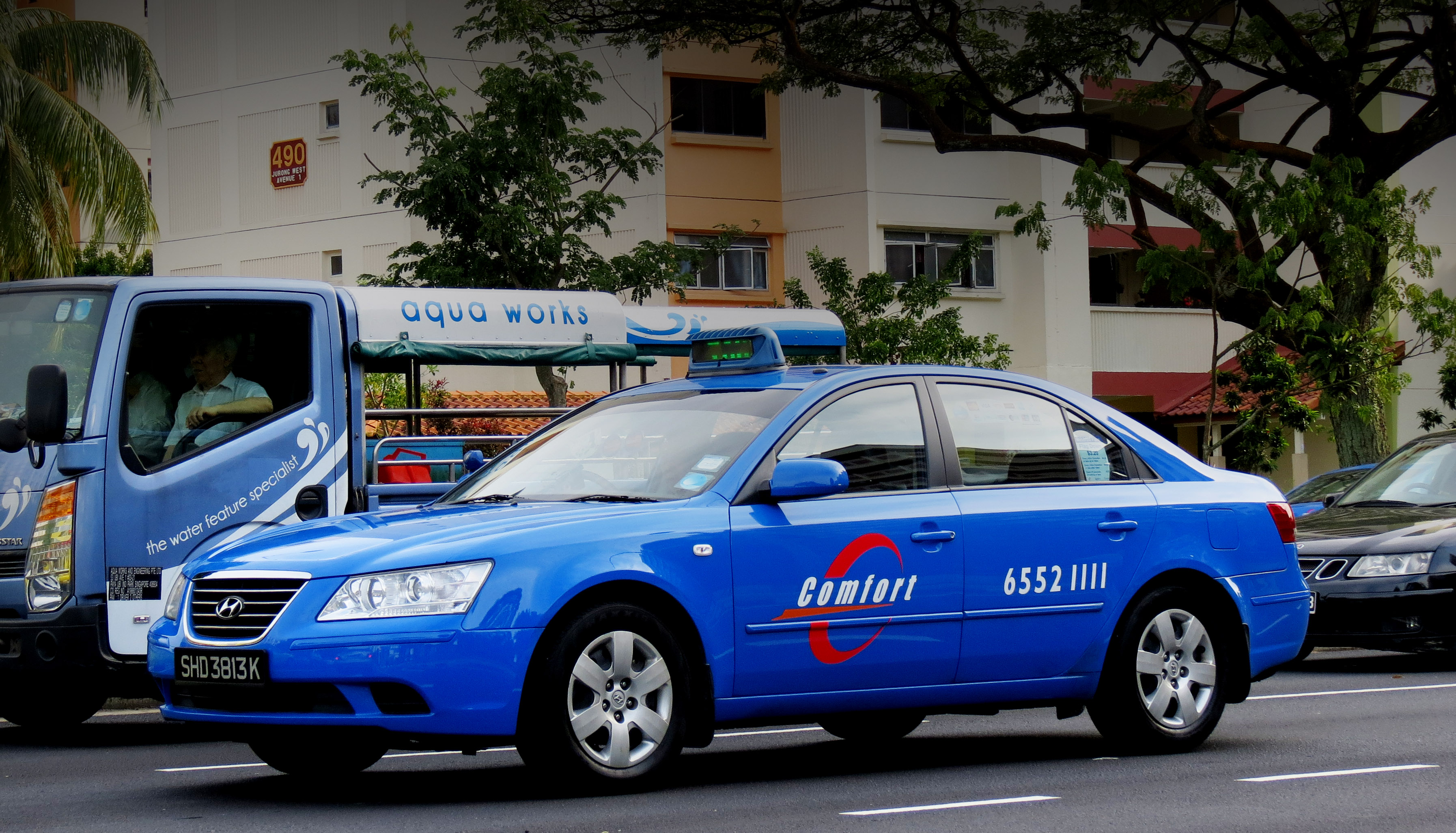 ComfortDelGro taxi. Photo courtesy: Wikimedia
