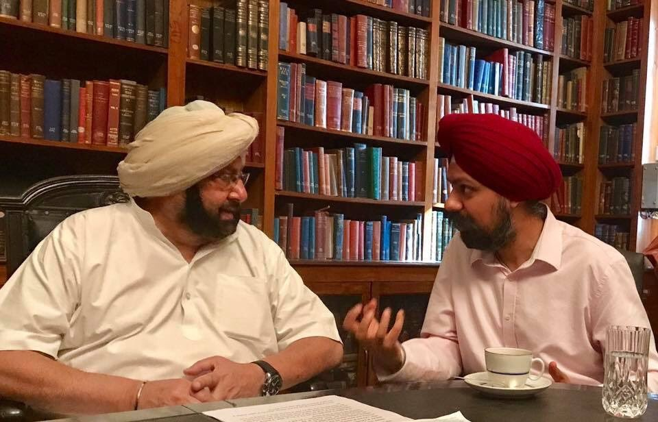 Labour MP Tan Dhesi (right) with Punjab CM Capt Amarinder Singh.