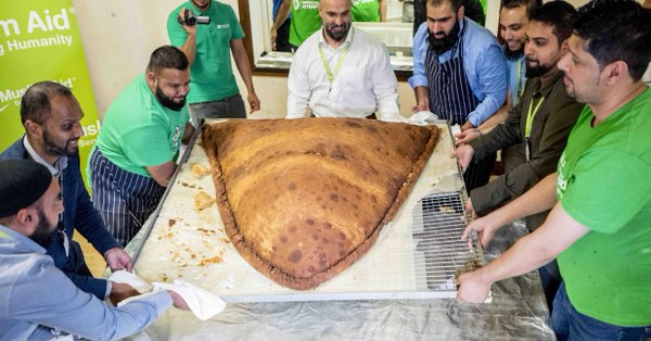The world's largest samosa