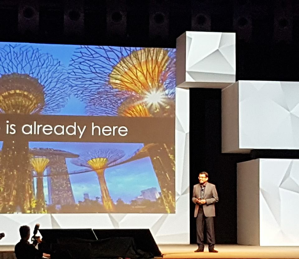 Managing Director of MAS Ravi Menon speaking at the Singapore Fintech Festival.