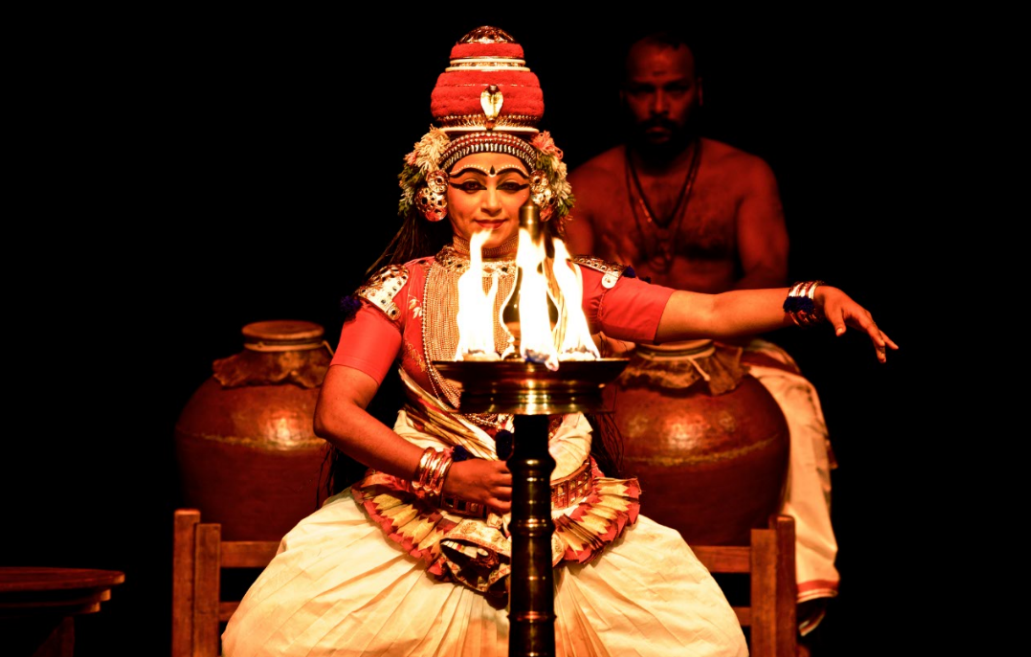 This art form was conventionally performed in Hindu temples in the Indian state of Kerala.