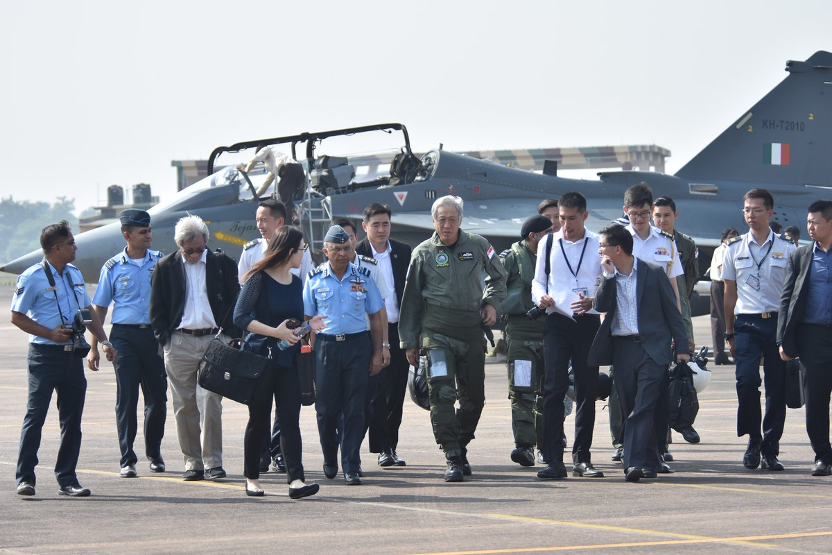 Dr Ng Eng Hen visited the Republic of Singapore Air Force-Indian Air Force Joint Military Training at Kalaikunda Air Force Station in Kolkata. Photos courtesy: Indian Ministry of Defence